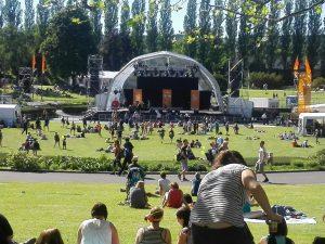 Die Bühne vom Sommergarten auf dem Kirchentag