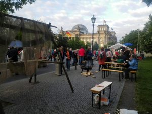 Stand vor dem Reichstag